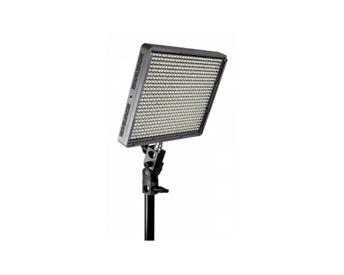Lampa LED Aputure Amaran HR672C